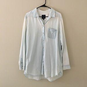 American Eagle Chambray Jegging Shirt